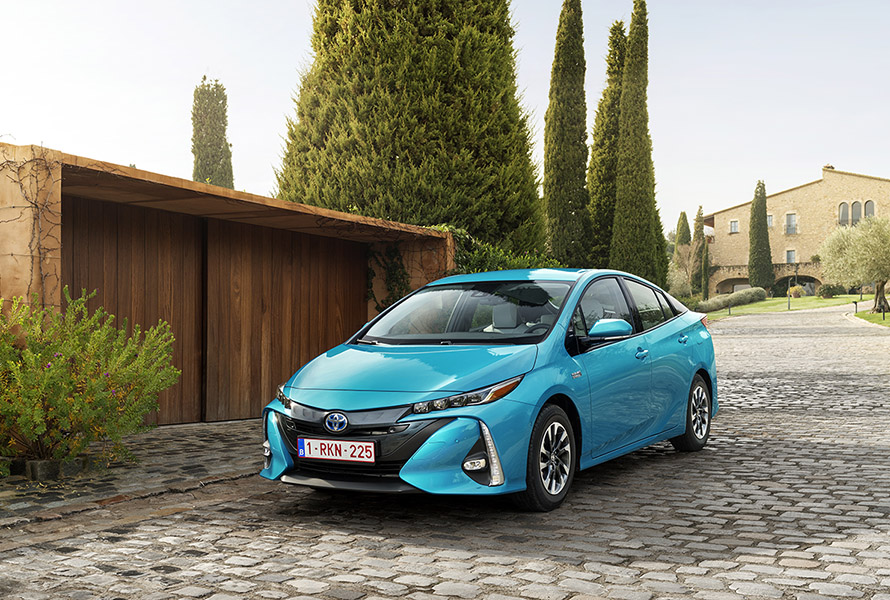 Toyota Zambia Toyota Prius Plug In World Green Car And Best